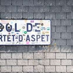 Portet d'Aspet sign on the marmpt tours Raid Pyrenean