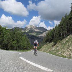 Marmot Tours Raid Alpine S-N Cycling Challenge - Descending