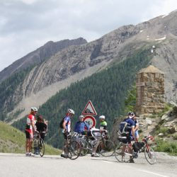 Marmot Tours Raid Alpine S-N Cycling Challenge - Group at Col