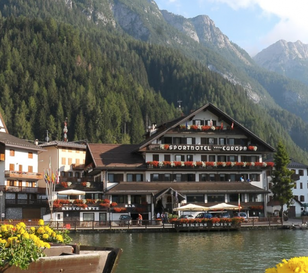 Sporthotel Europa Alleghe, Marmot Tours Dolomites Minibreak